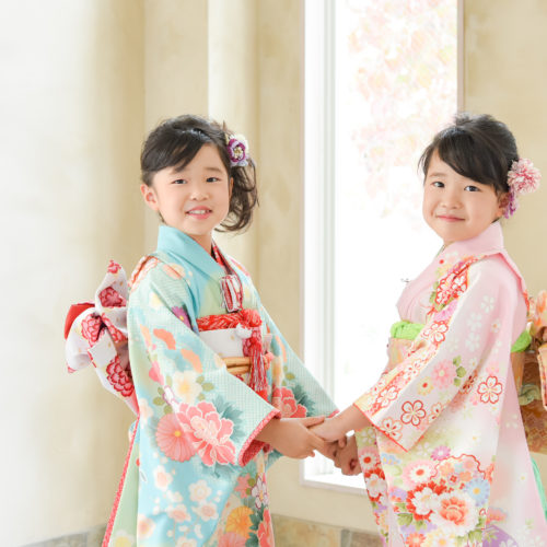 7歳七五三 双子姉妹 着物 キッズ 記念日