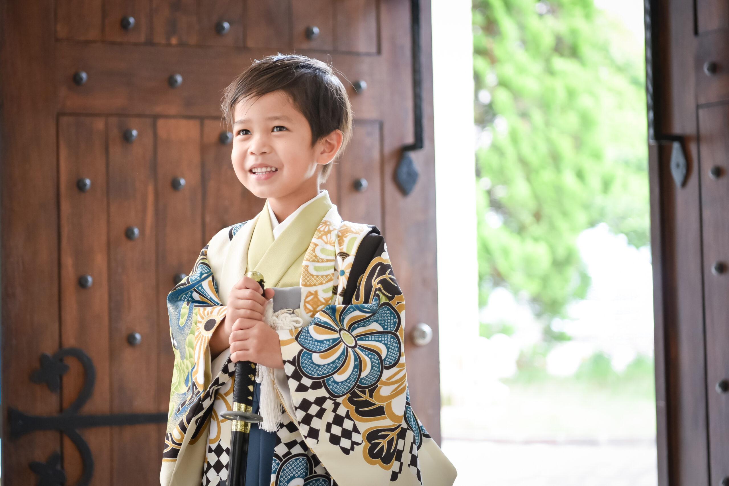 5歳 七五三 モダン ロケーション撮影 753 絹屋 熊谷 フォトスタジオ 写真館